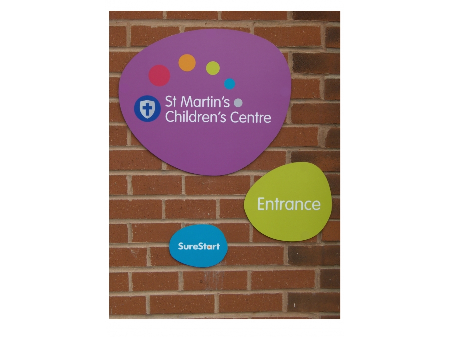 flat wall signs, external wall signs, instruction signs, plastic signs, fence sign