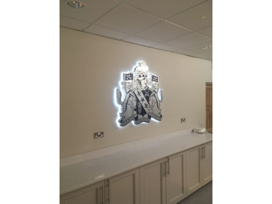3D signs, 3D letters, illuminted signs, built-up letters, rim and return letters, logo signs