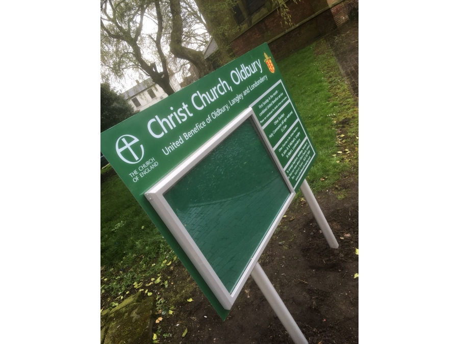 information signs, notice boards, poster cases, instruction signs, church signs