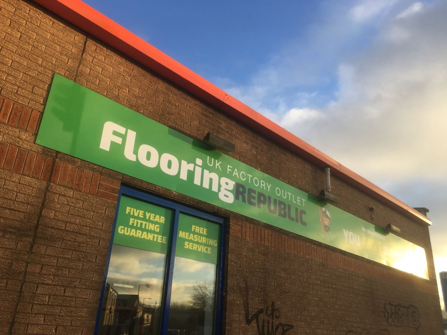 Flooring republic showroom signs