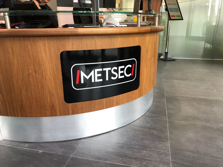 Metsec Manufacturing Signs